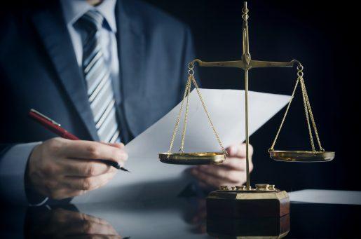 1546506952_bigstock-lawyer-or-attorney-works-in-hi-226762567